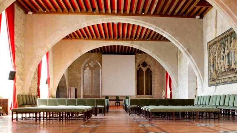 Palais des Archevêques – Salle de Synodes